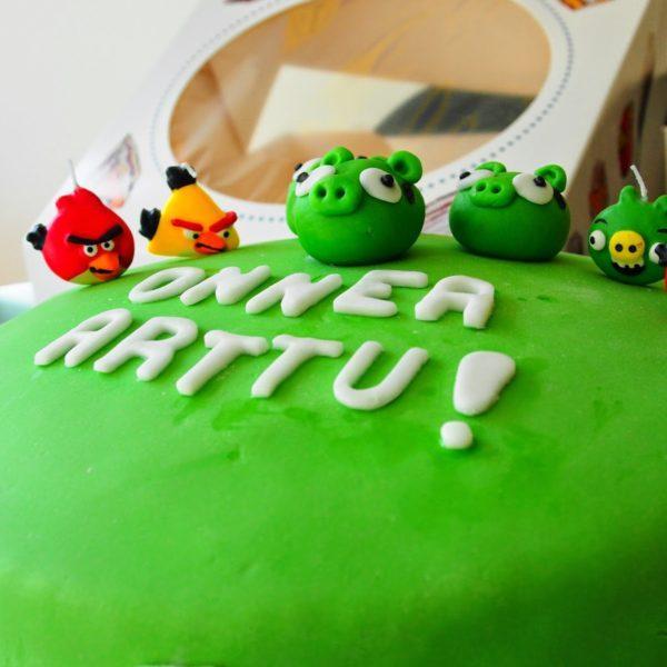 Angry Birds Syntymäpäiväkakku