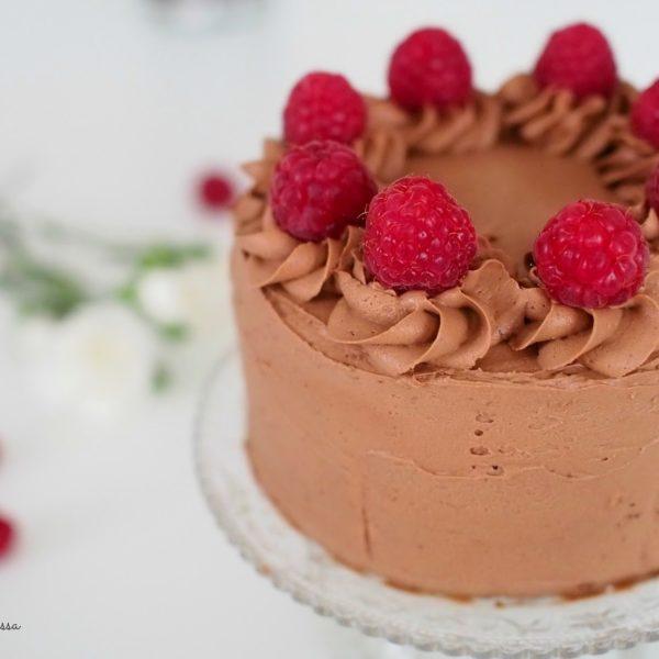 Pieni Vadelma-Suklaakakku
