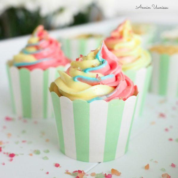 Tutti Frutti Cupcakes +video