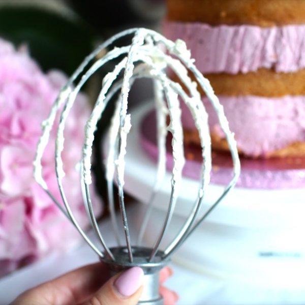 Pinkkiä leivontaa Roosa nauha -päivänä