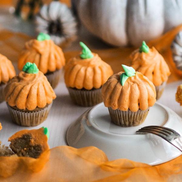 Omenaiset Halloween Muffinssit