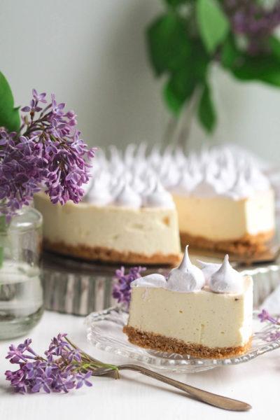 Juustokakut - Annin Uunissa - Mango-Mustaherukkajuustokakku (gluteeniton)