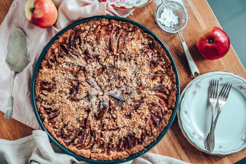 Mummon Mausteinen Omenapiirakka (G)