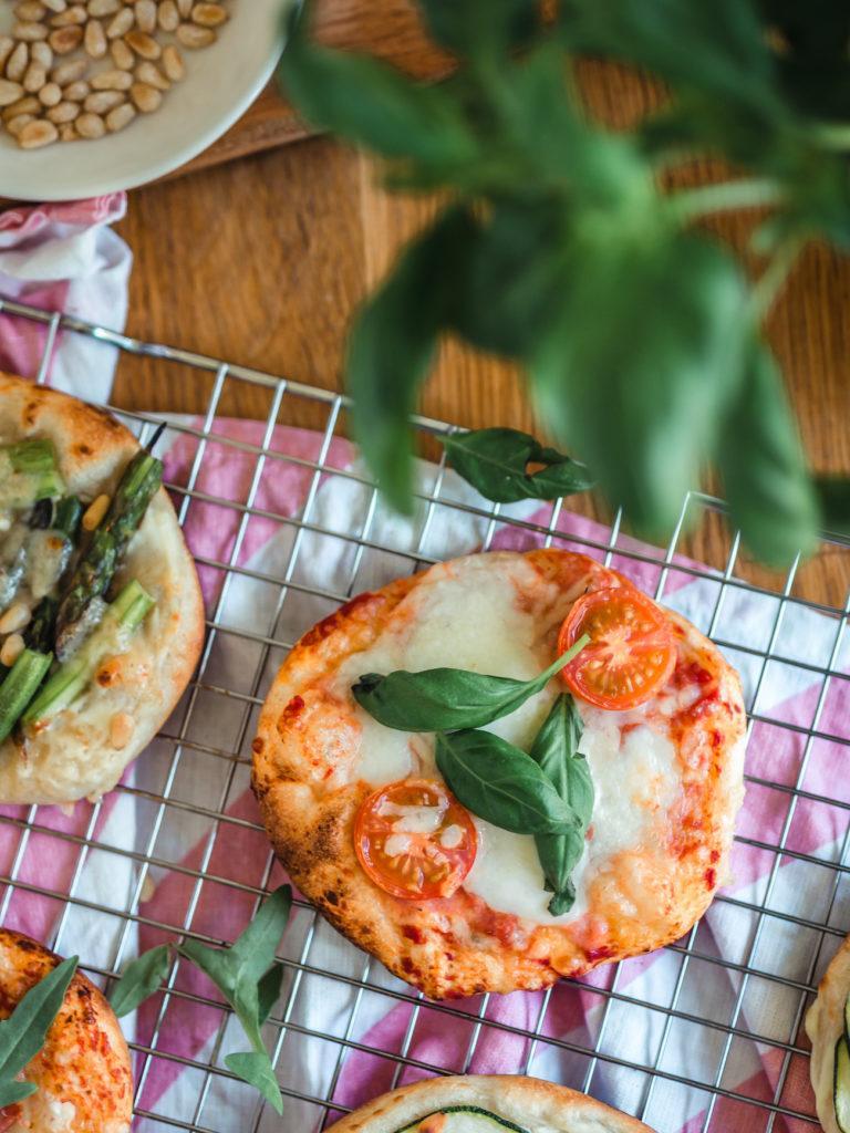 Nopeat Minipizzat Grillissä (5 täytevinkkiä)