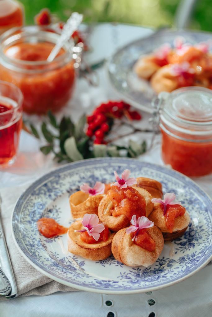 Minipannarit ja Omena-pihlajanmarjahillo