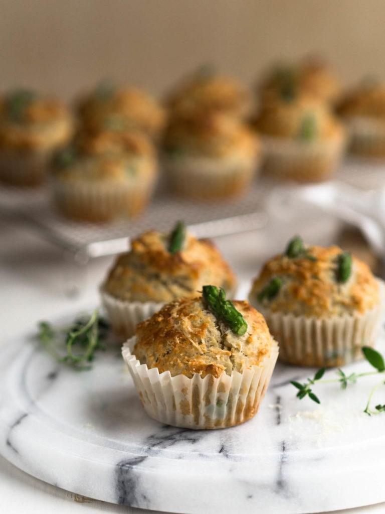 Parsa-Parmesaanimuffinssit