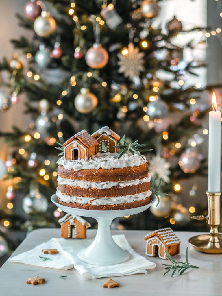 Piparkakun makuinen kakku