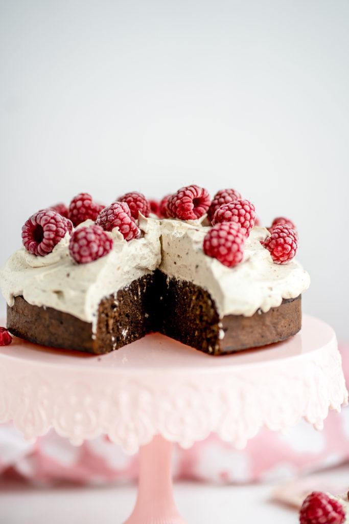 Helppo Sokeriton Suklaakakku (G)