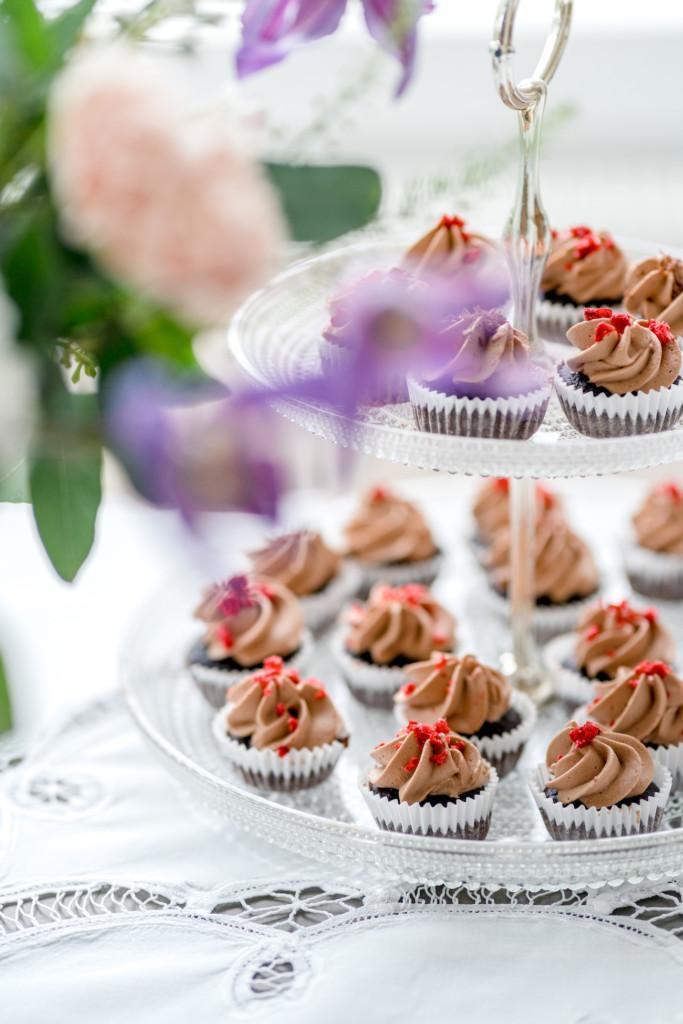 Suklaakuppikakut ilman lisättyä sokeria (G)