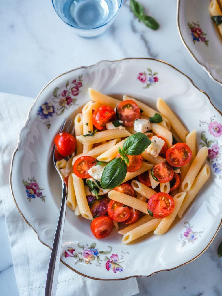 Penne Caprese - Tomaatti-Mozzarellapasta
