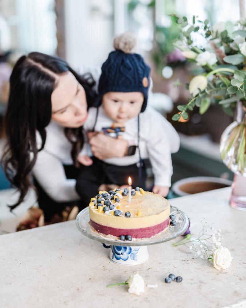 Mango-Mustikkakakku - Vauvan ensimmäinen kakku (6 kk)